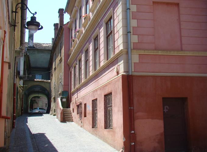 Şcolii Passage
