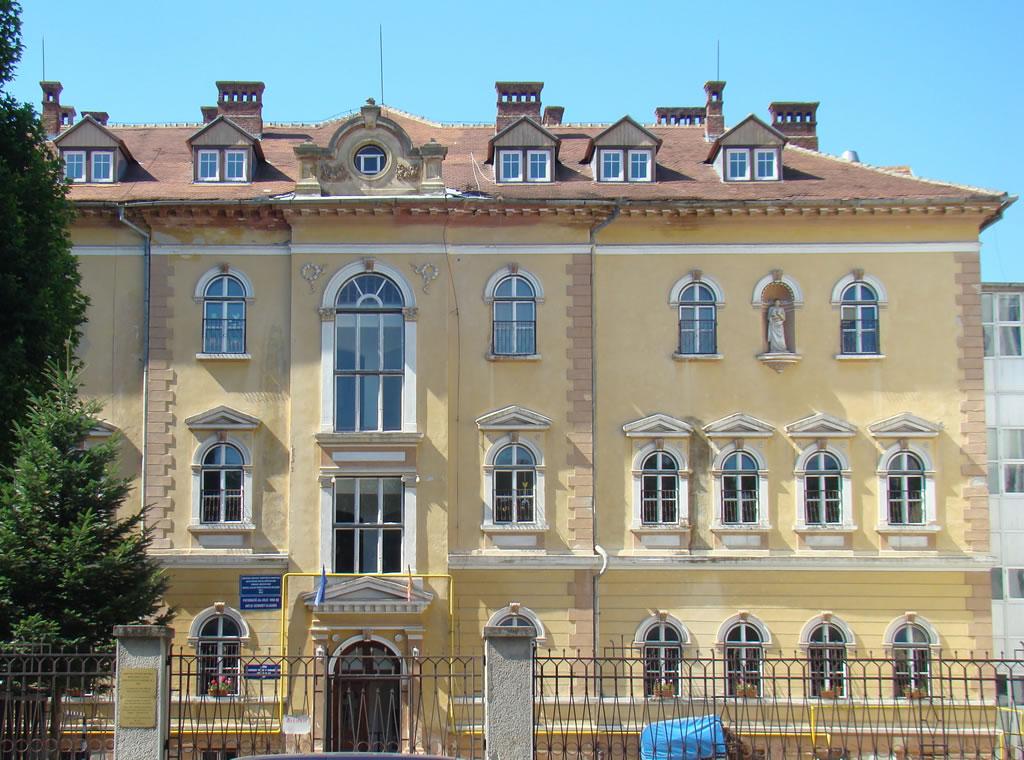 No. 8, Andrei Saguna Street