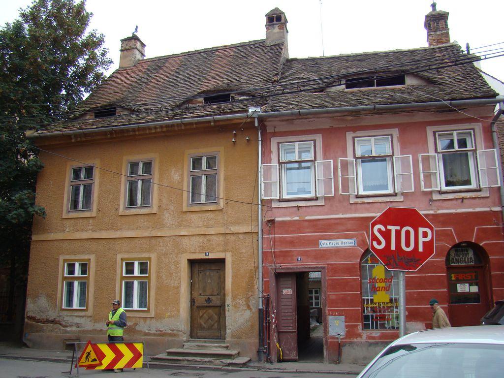 No. 14, Al. Papiu Ilarian Street