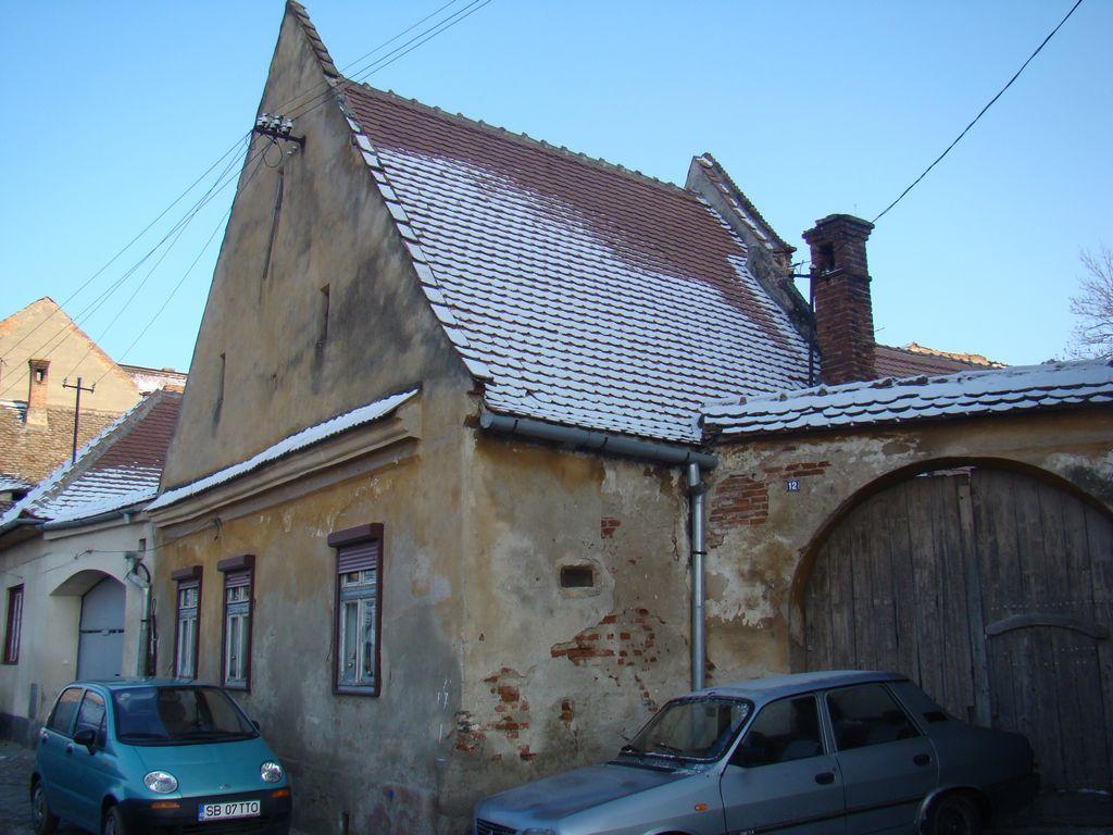 No. 12, Centumvirilor Street