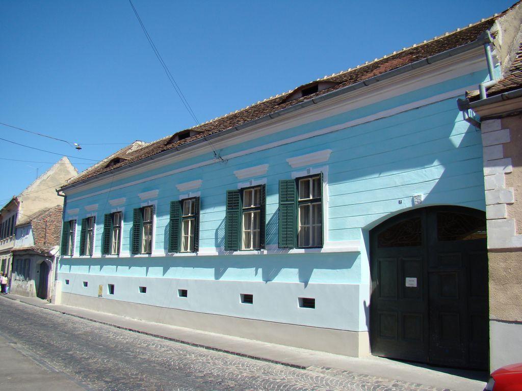 No. 2, Măsarilor Street