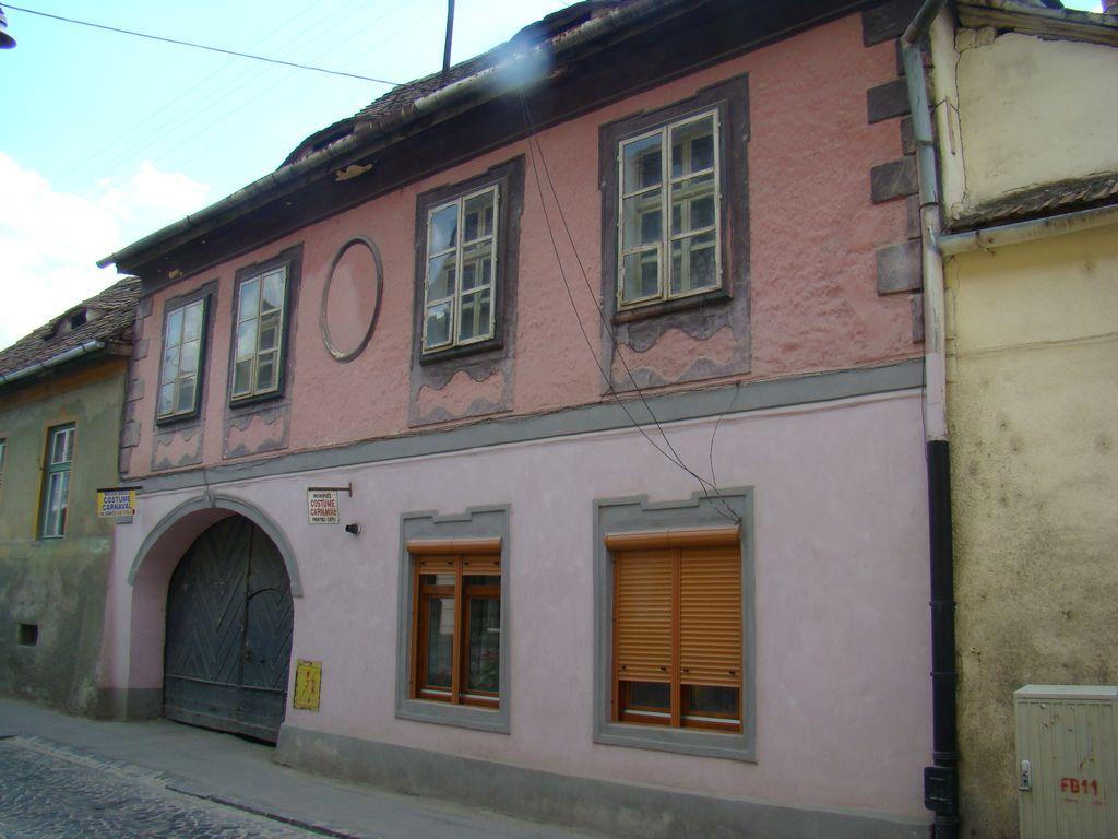 No. 9, Măsarilor Street