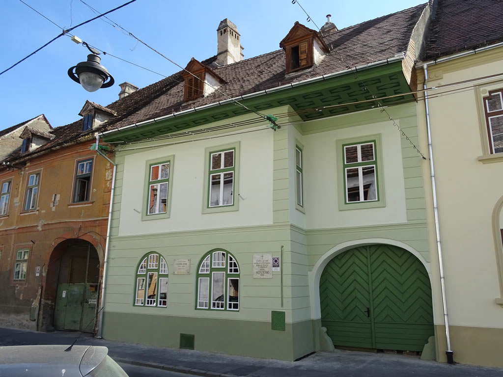 No. 19, Mitropoliei Street
