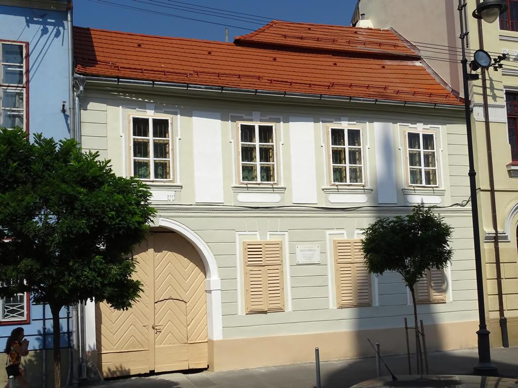 No. 22, Mitropoliei Street