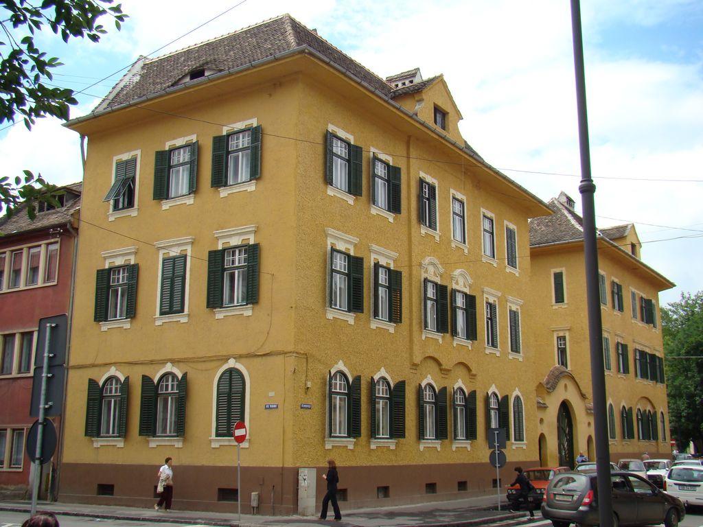 No. 37, Mitropoliei Street