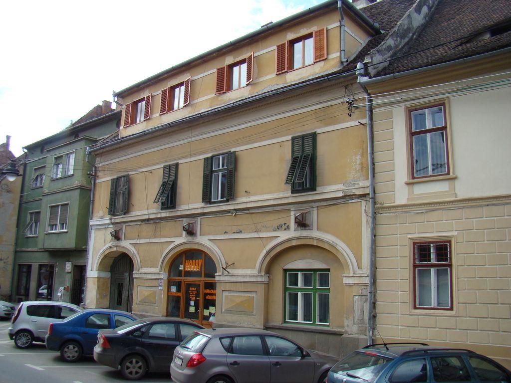 No. 8, Mitropoliei Street