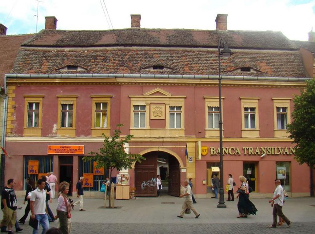 Str. Nicolae Bălcescu nr. 34