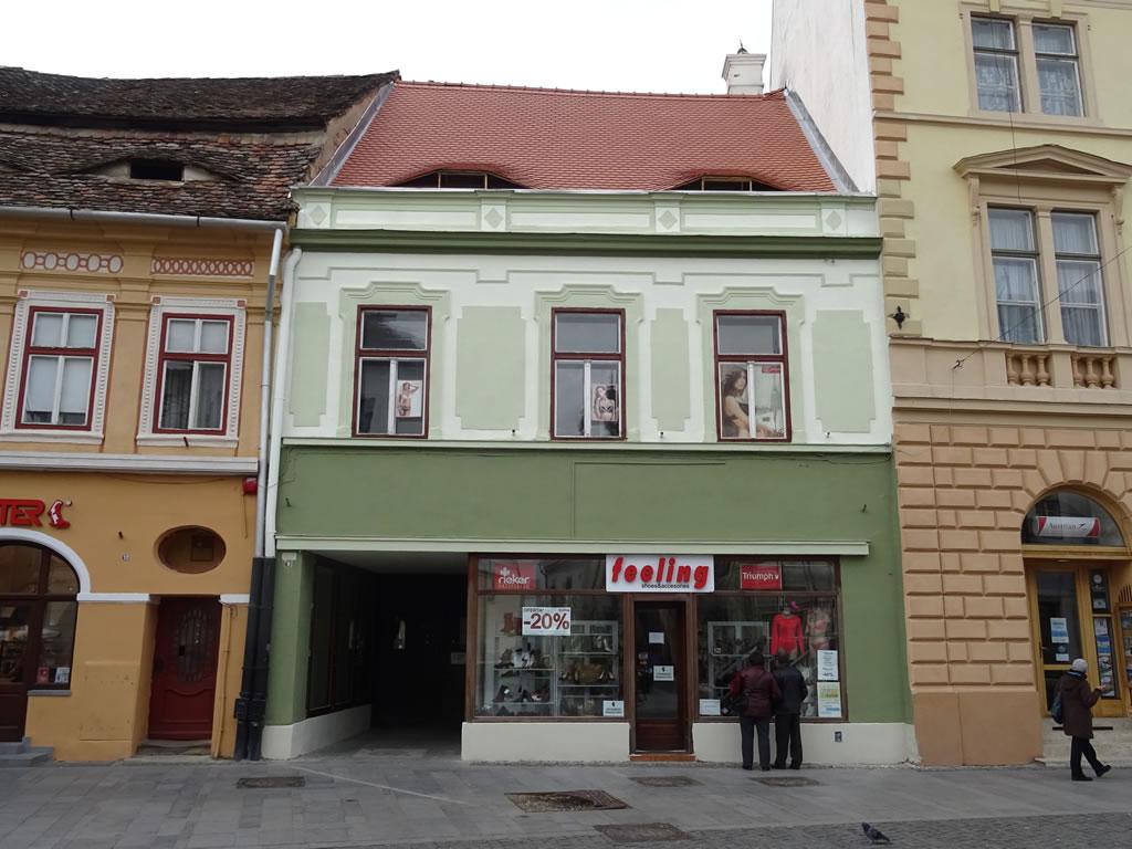 Str. Nicolae Bălcescu nr. 8