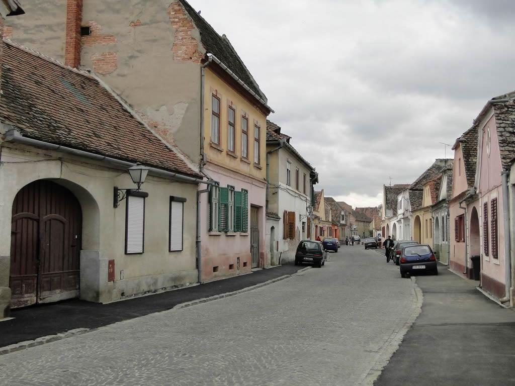 Nouă Street