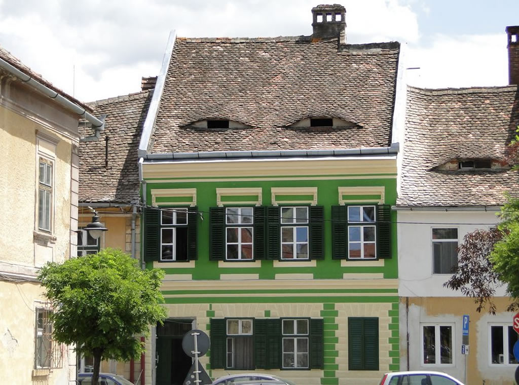 No. 15, Tipografilor Street