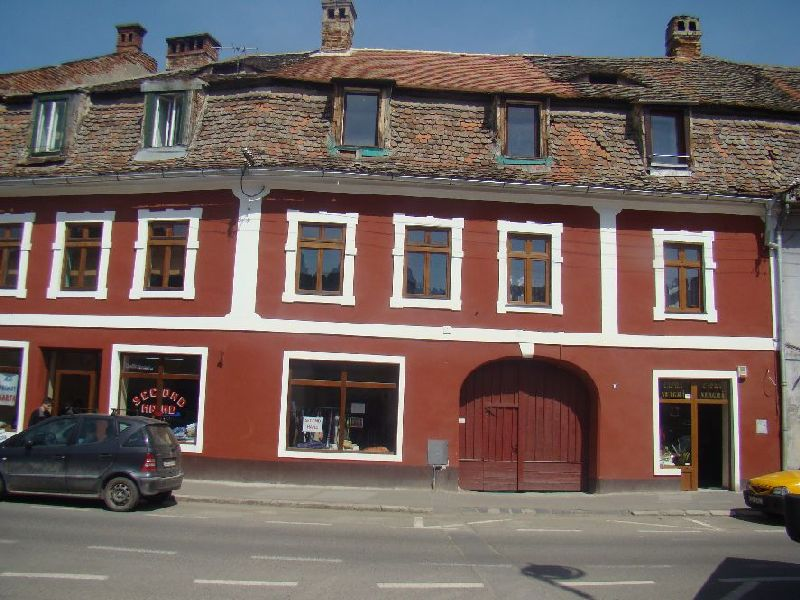 No. 9, 9 Mai Street