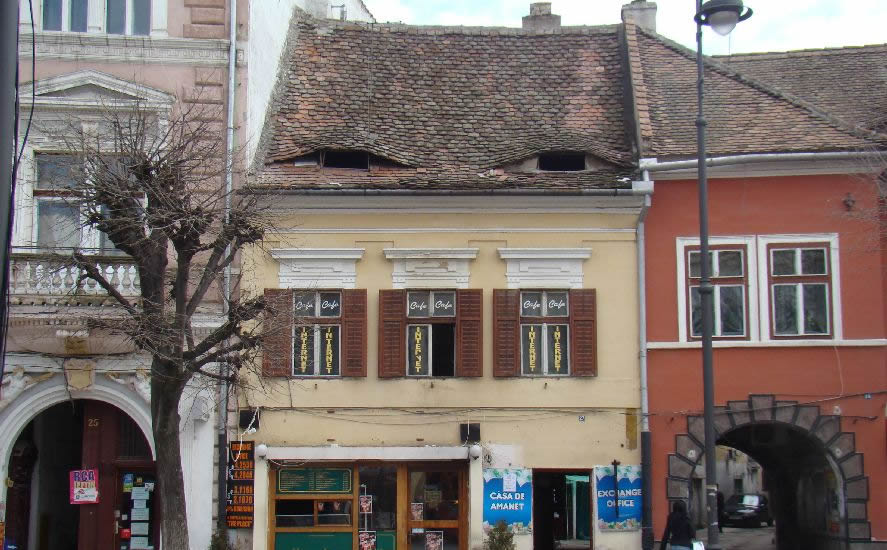 Str. Nicolae Bălcescu nr. 27